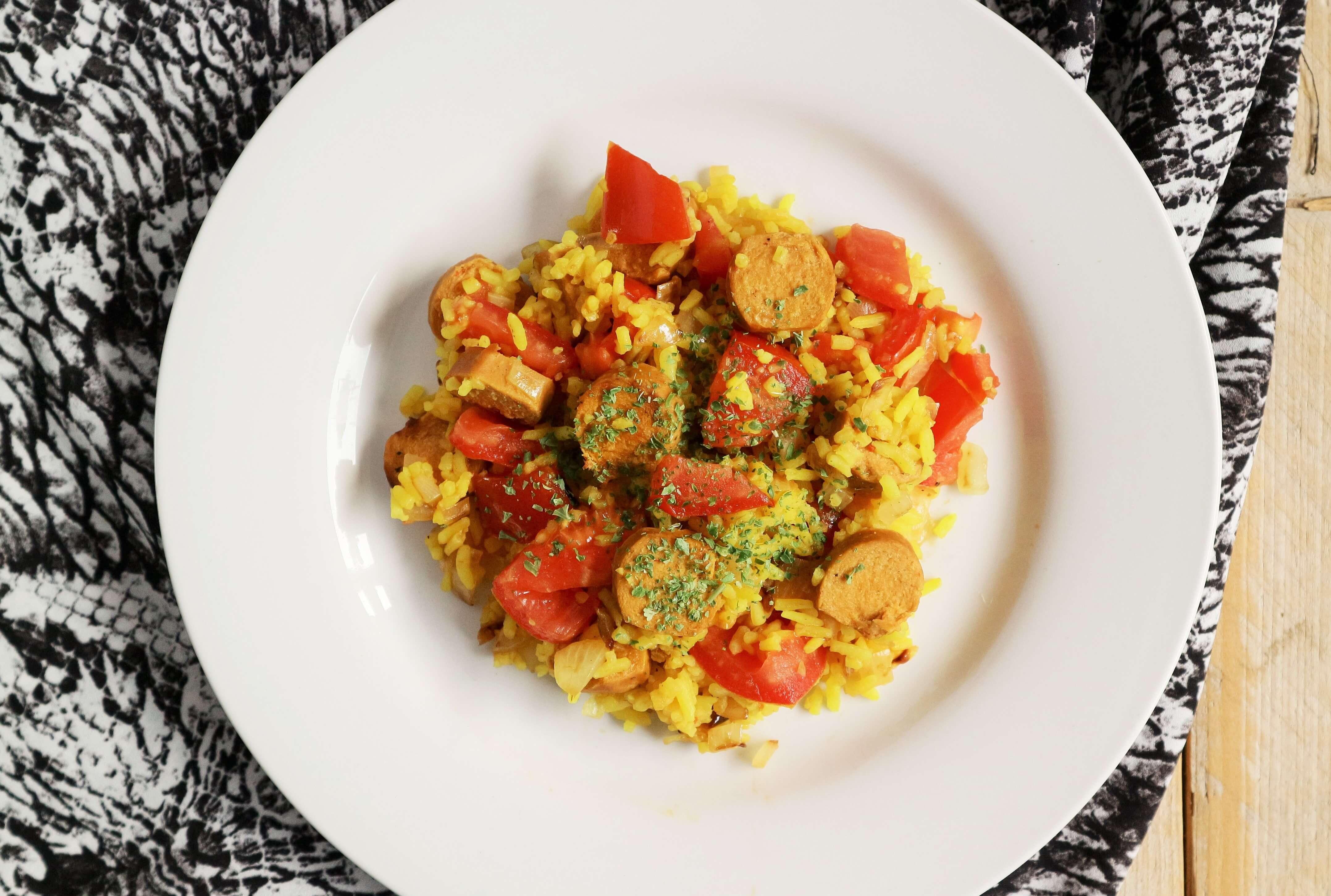 Gele rijst met vegan toscanini's